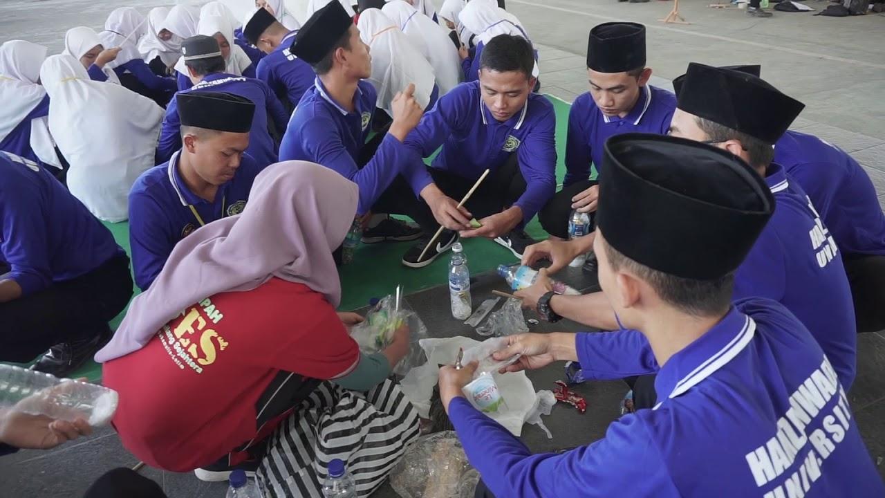 Mahasiswa Baru Universitas Hamzanwadi Diedukasi Program Zero Waste