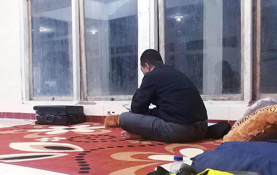 Disiapkan Tempat Mewah Saat di Bima, Gubernur NTB Malah Pilih Menginap di Masjid